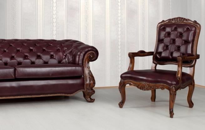 Former Sofa Set